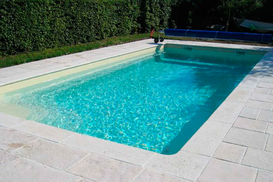 piscina enterrada para jardin